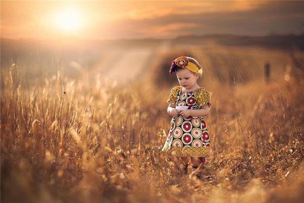 马女宝宝取名字名字具有于现实社会中的意义